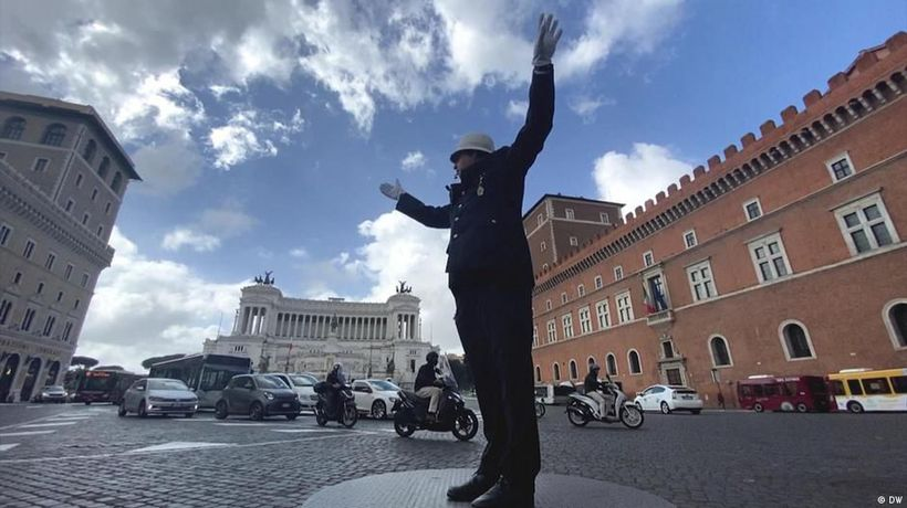 Italy: Conductors of chaos