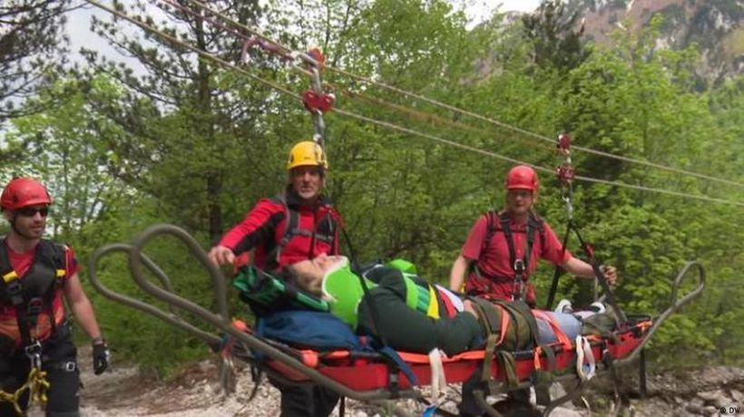 Trouble for mountain rescuers in Bosnia