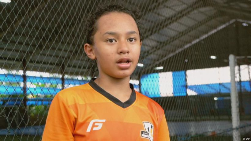 Indonesia: A youngster dreaming of soccer glory