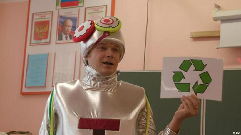Russia: 'Green Lessons' to cut trash