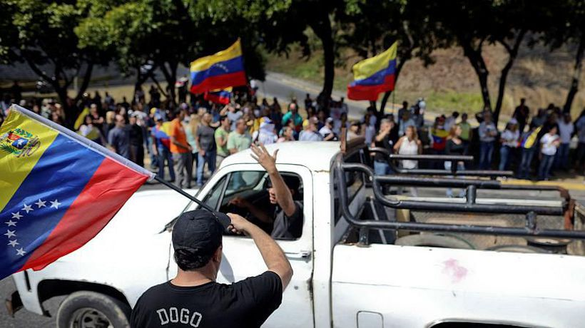 World News - French and Spanish reporters among foreign journalists held in Venezuela