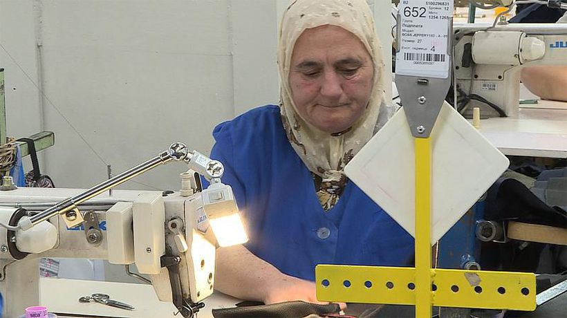 Insiders - Bulgarian textile workers demand EU-wide minimum wage