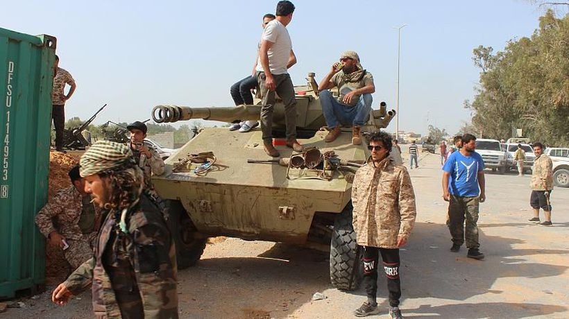 World News - Heavy clashes break out in the south of Libya's capital Tripoli