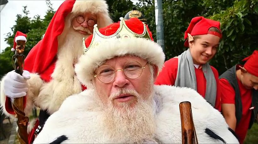 Watch: Lost? More than 150 Father Christmases gather for the World Santa Claus Congress