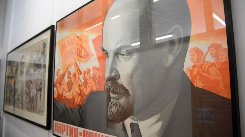 Lenin was once a Londoner who hated the weather and loved riding the bus