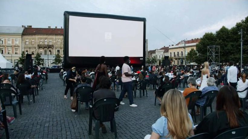 Romanian film festival pays socially-distanced homage to Federico Fellini