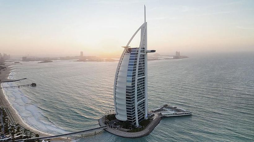 Explore deluxe Dubai, an emirate scaling the height of luxury