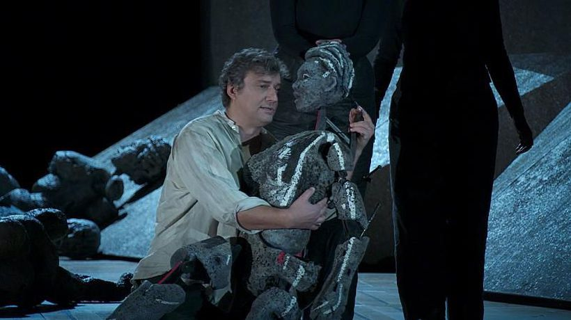 Verdi's Aida with Jonas Kaufmann keeps its magnificence whilst avoiding stereotypes