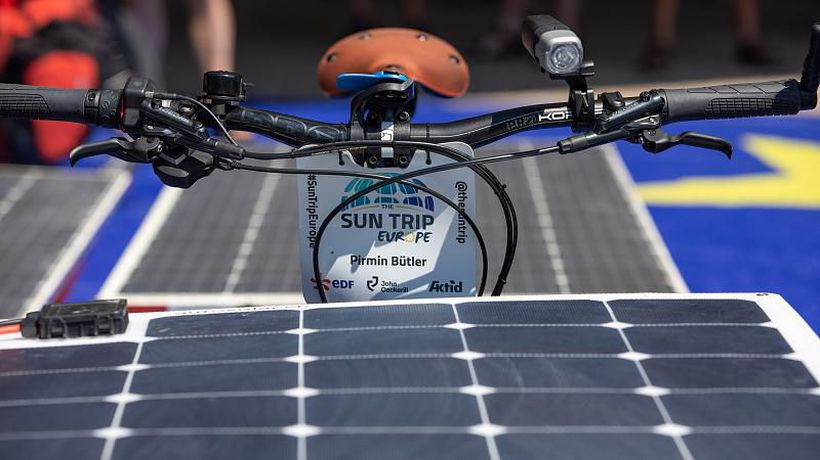 Cyclists on solar-powered bikes set off on a 10,000-km tour of Europe
