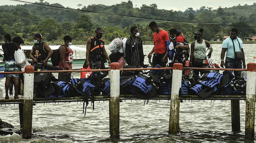 """Migrants """"a blessing of God"""" for locals in Colombian transit town"""