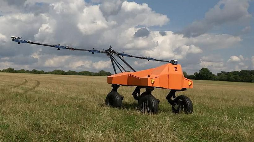 Using GPS and AI to check plants' health, could 'robocrop' Tom be a familiar sight on farms?
