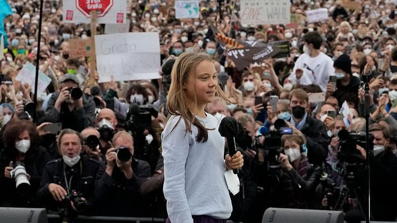 'There's no going back': Thunberg addresses tens of thousands of climate activists outside Reichstag