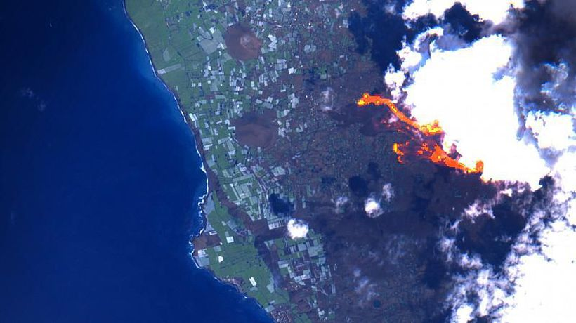 La Palma volcano: How satellite imagery is helping us understand the eruption