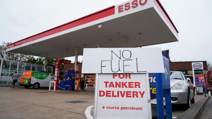 UK fuel crisis: Government calls on army and foreign lorry drivers to boost supplies