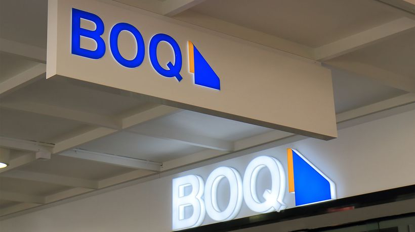 Bank of Queensland (ASX:BOQ) posts 30% decline in cash net profits but resumes paying dividends