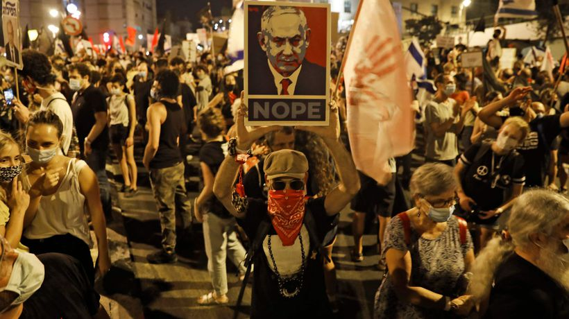 'Enough of you': thousands protest in call for Netanyahu to resign