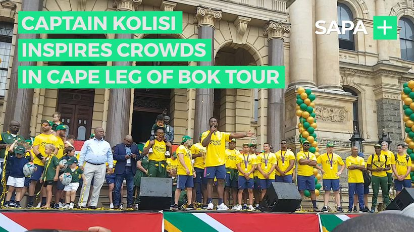 Captain Kolisi inspires crowds in Cape leg of Bok Tour