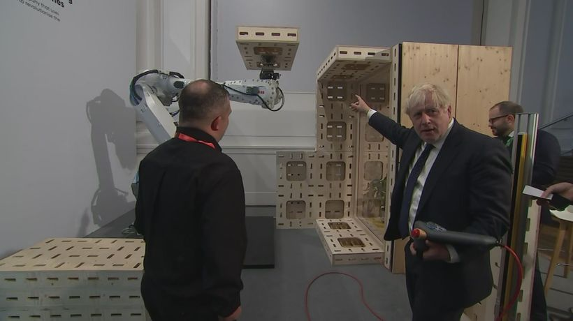 Boris Johnson tries out green gadgets at investment summit