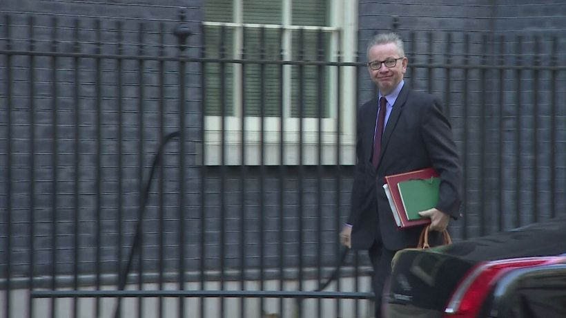 May's cabinet arrives in Downing Street ahead of Brexit vote