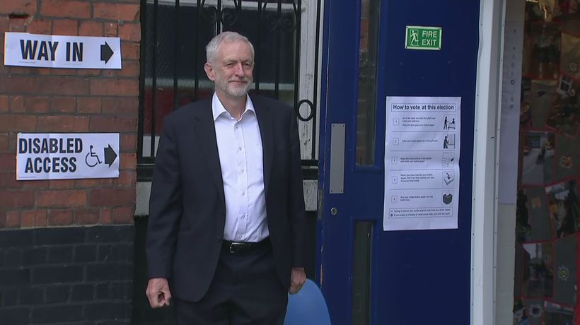 Jeremy Corbyn casts vote in European election