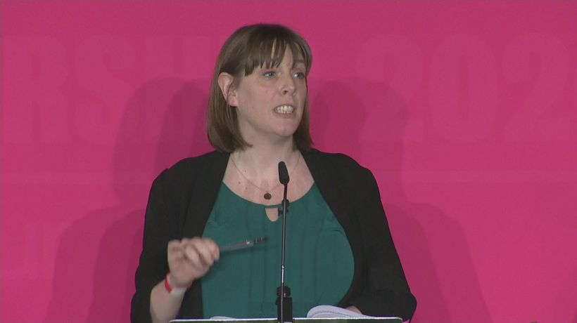 Labour leadership hopefuls clash over handling of antisemiti