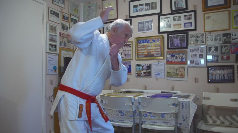 97-year-old becomes a judo great with 10th dan