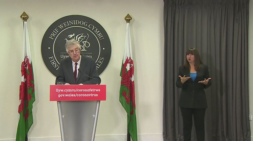 Welsh government looking at 'short sharp' lockdown