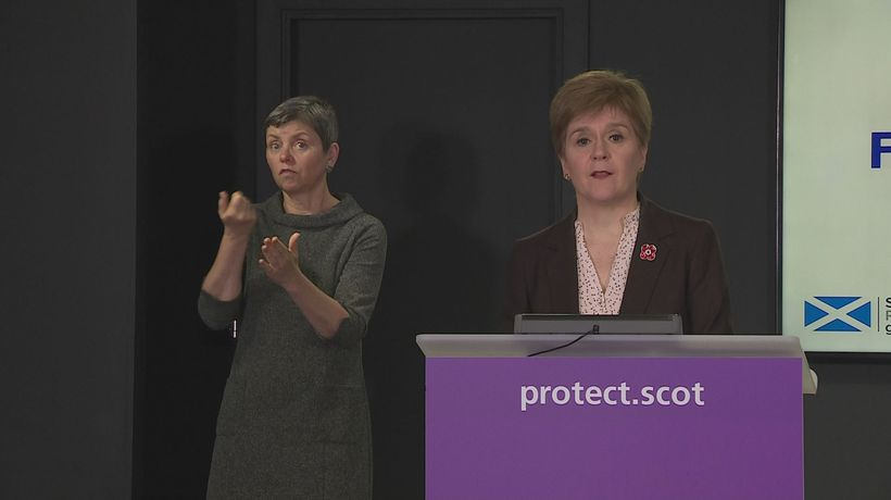Sturgeon: Discharges did not lead to covid care home deaths