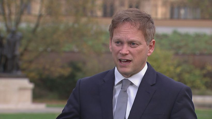 Shapps: Travel quarantine cut will help struggling airlines