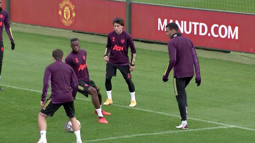 Manchester Utd training pre UCL