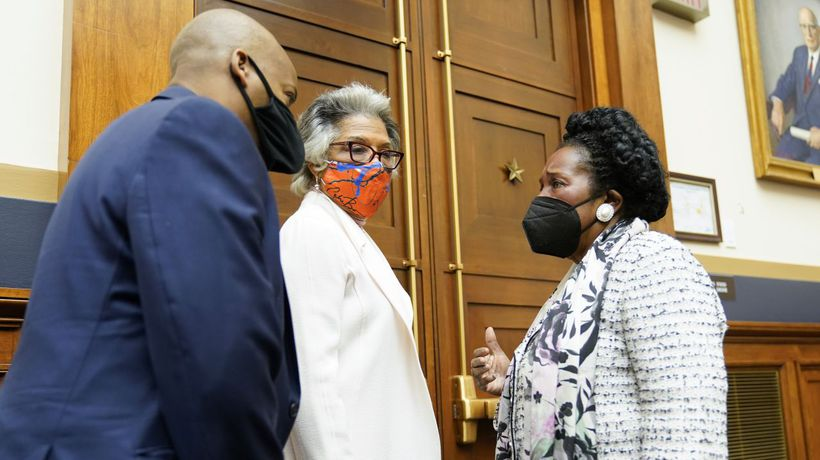 House Committee Advances Bill To Study Slavery And Reparations