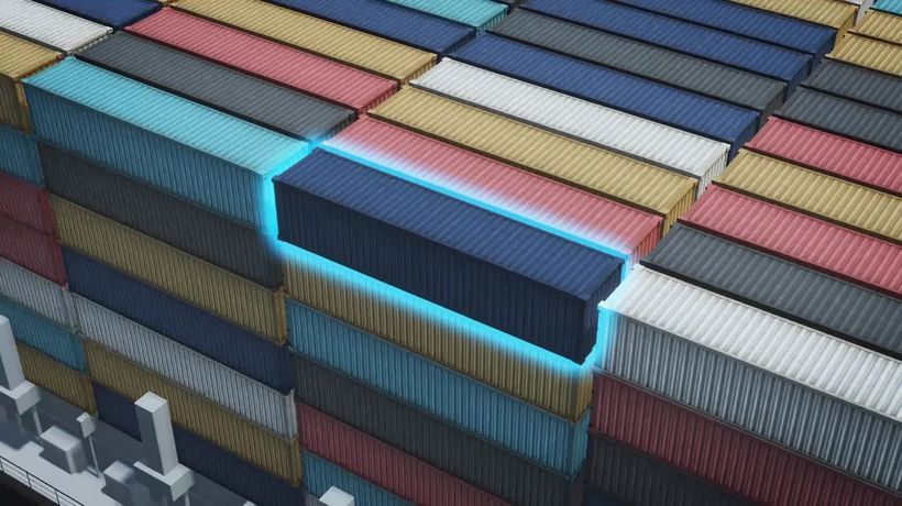 Chinese port closure increases global shipping bottleneck