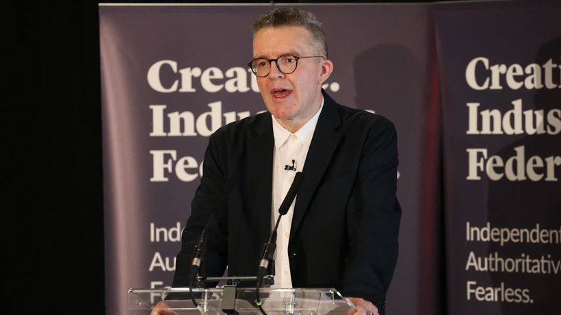 Labour deputy leader Tom Watson survives attempt to oust him