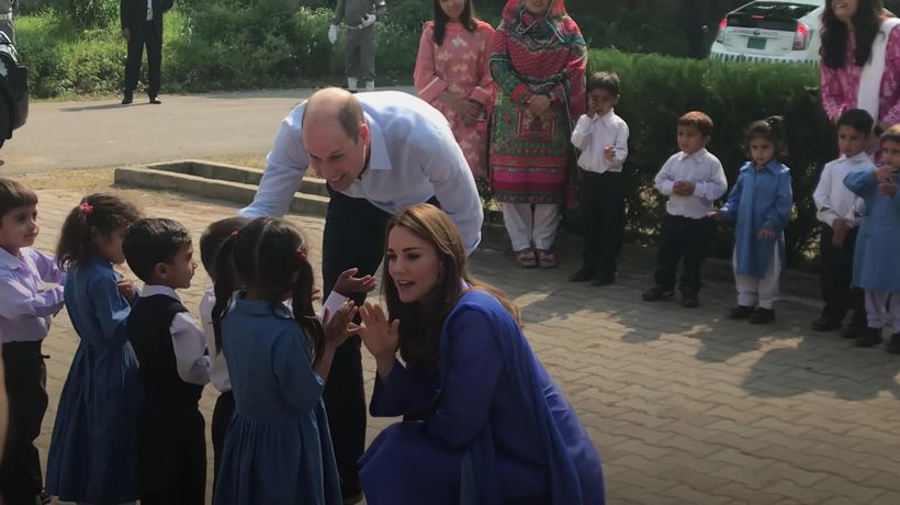 Duke and Duchess of Cambridge begin Pakistan tour with school trip