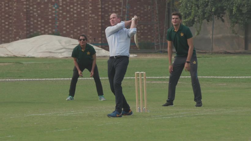 William and Kate enjoy a game of cricket in Pakistan