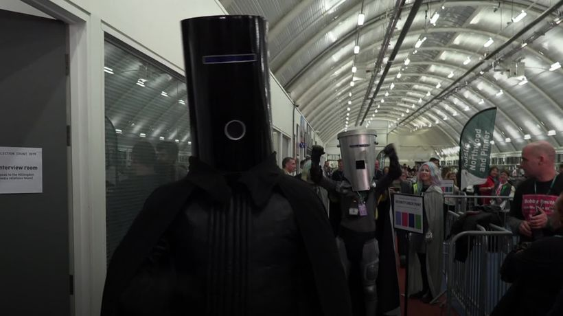 Count Binface and Lord Buckethead face off at Uxbridge count