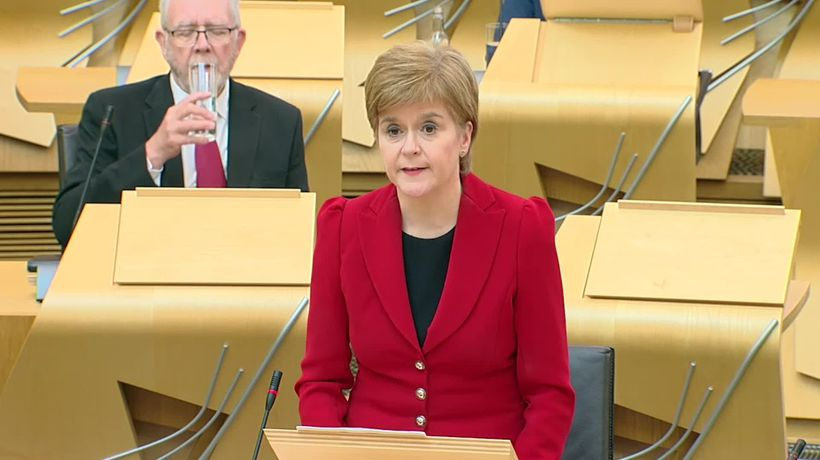 Nicola Sturgeon: Early reports of serious injuries at Stonehaven train derailment