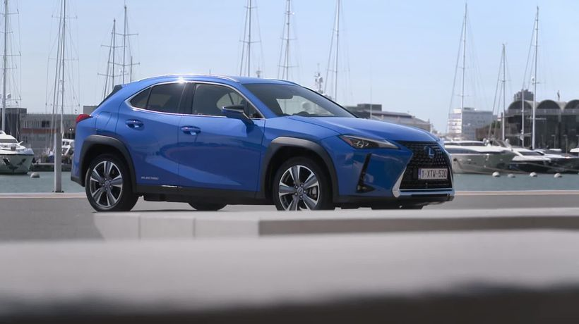This is the new Lexus UX 300e