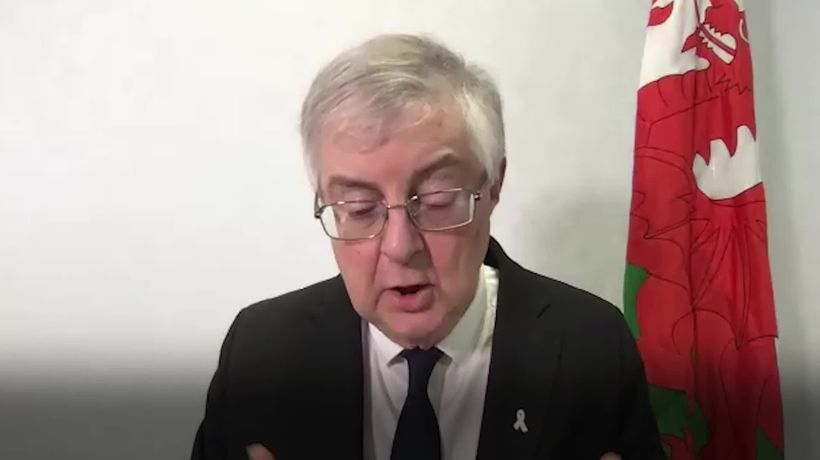 Mark Drakeford on 'Christmas bubble' of three households mixing during festive period