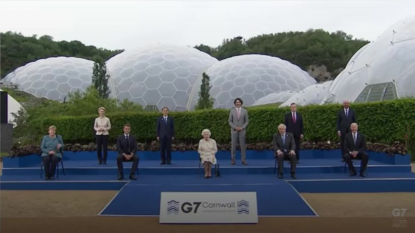 Queen's quip puts G7 leaders at ease at evening reception