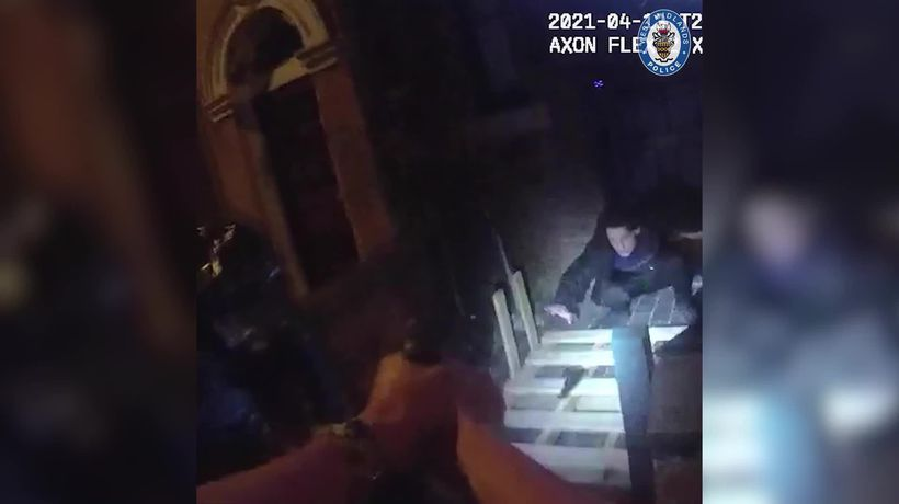 Police officer feared for his life as suspect pointed 'gun' at his face