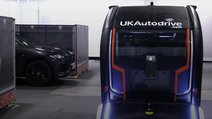 Jaguar Land Rover showcases light projections for self-driving vehicles