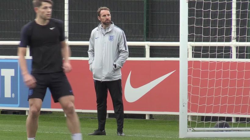 Southgate backs Rice after midfielder apologises for old social media posts