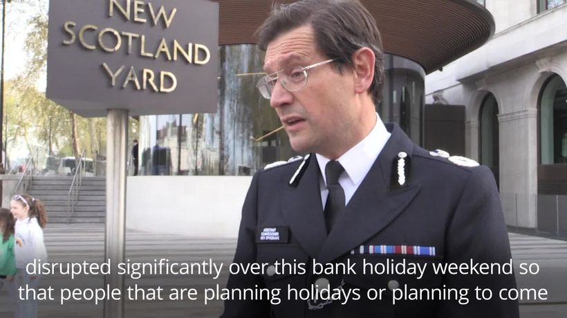 """Police warn of """"robust response"""" to climate protesters who target Heathrow Airport"""