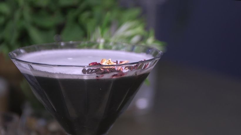 How to make a booze-free charcoal martini