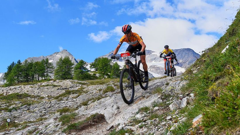 Thrilling descents during Stage 2 of the 2021 Swiss Epic