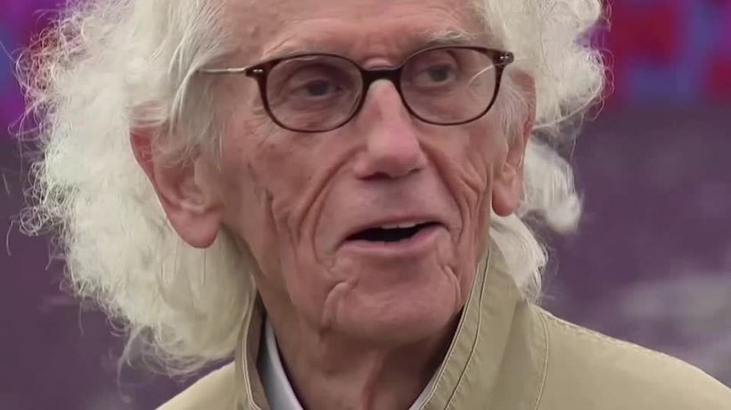 Artist Christo who wrapped huge buildings dies at 84