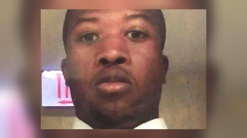 Security guard killed by police, mother sues