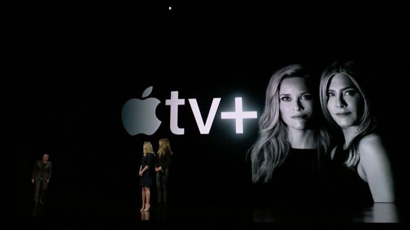 Apple launches TV, credit card and gaming service