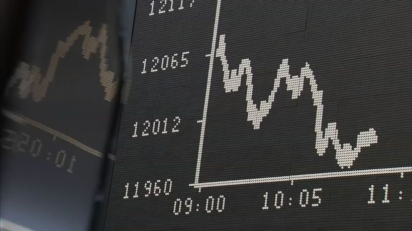 Trade woes sink shares, Brexit weighs on sterling